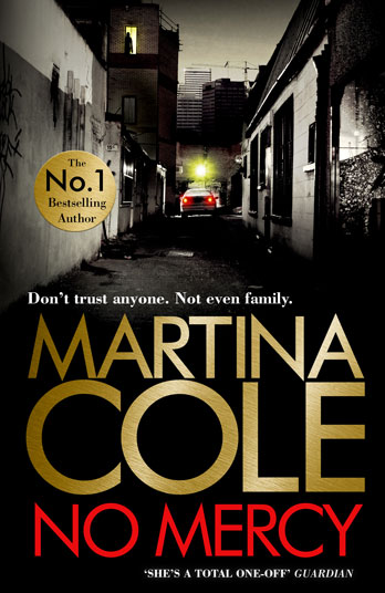 Martina Cole signing No Mercy EXPIRED