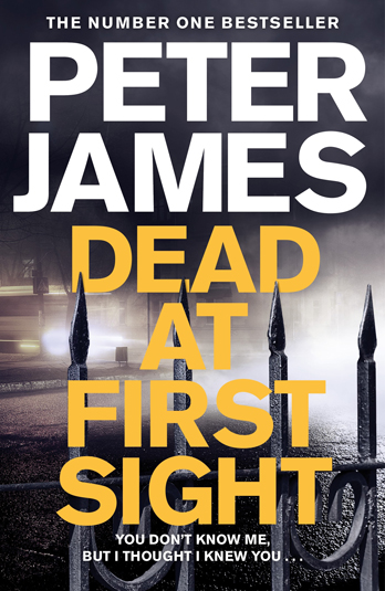 Peter James signing Dead At First Sight – EXPIRED
