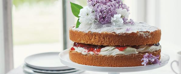 Flora Shedden: Strawberry and Hibiscus Victoria Sponge Recipe