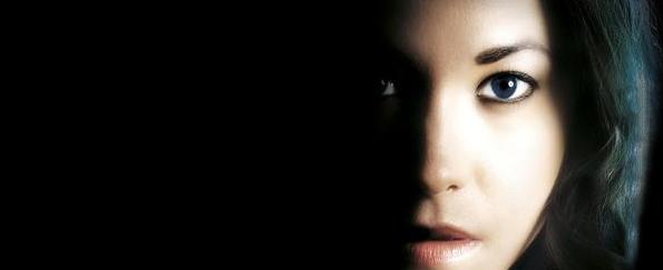 Karen Rose: Preview Alone in the Dark