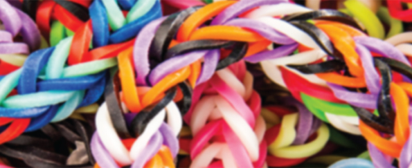 Our favourite ideas to customise stationery with loom bands
