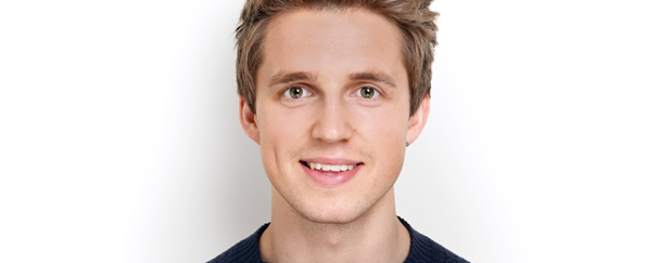 Marcus Butler: Behind the Scenes of his Photoshoot for New Book Hello Life!