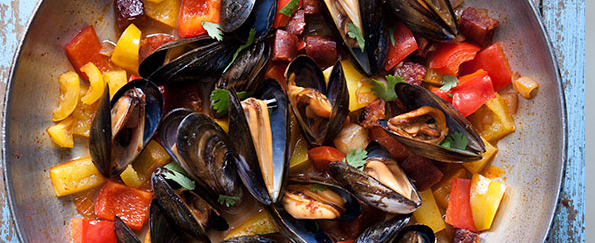 Kate Harrison's 5:2 Recipe for Smoky Spanish Mussels