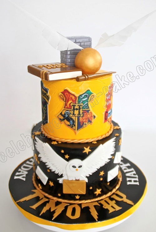 Sensational 20 Siriusly Impressive Harry Potter Birthday Cakes Whsmith Blog Personalised Birthday Cards Paralily Jamesorg