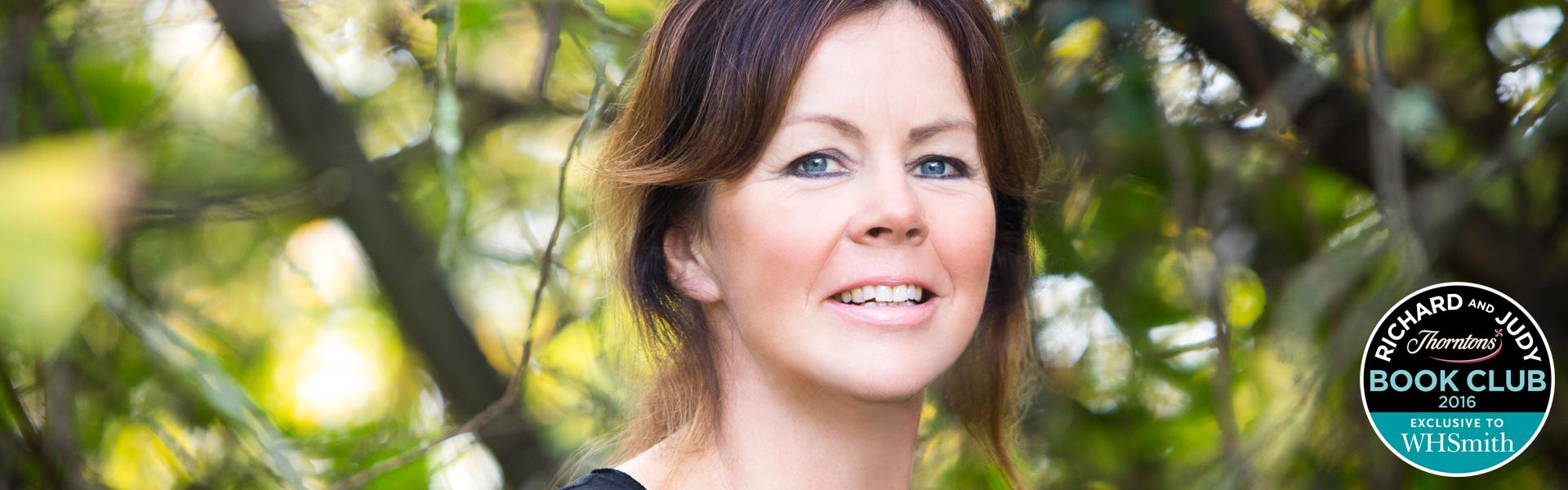 Debbie Howells: Small Town Secrets