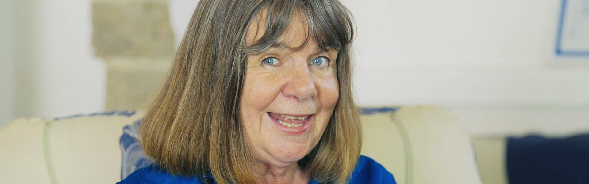 Exclusive Video! Julia Donaldson Reads an Extract from Christmas with Princess Mirror-Belle