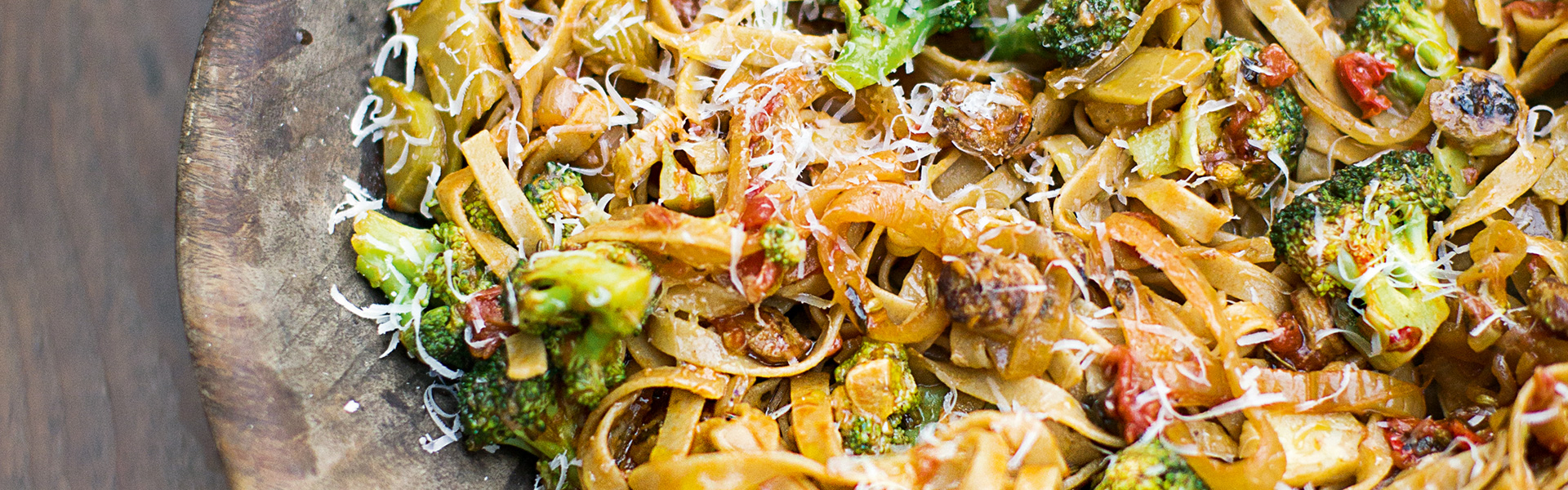 Jamie Oliver: Sausage Pasta, Broccoli, Chilli & Sweet Tomatoes Recipe