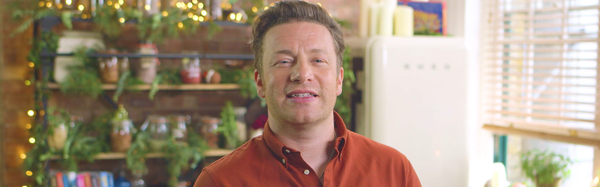 Exclusive Video! Jamie Oliver Introduces Jamie Oliver's Christmas ...