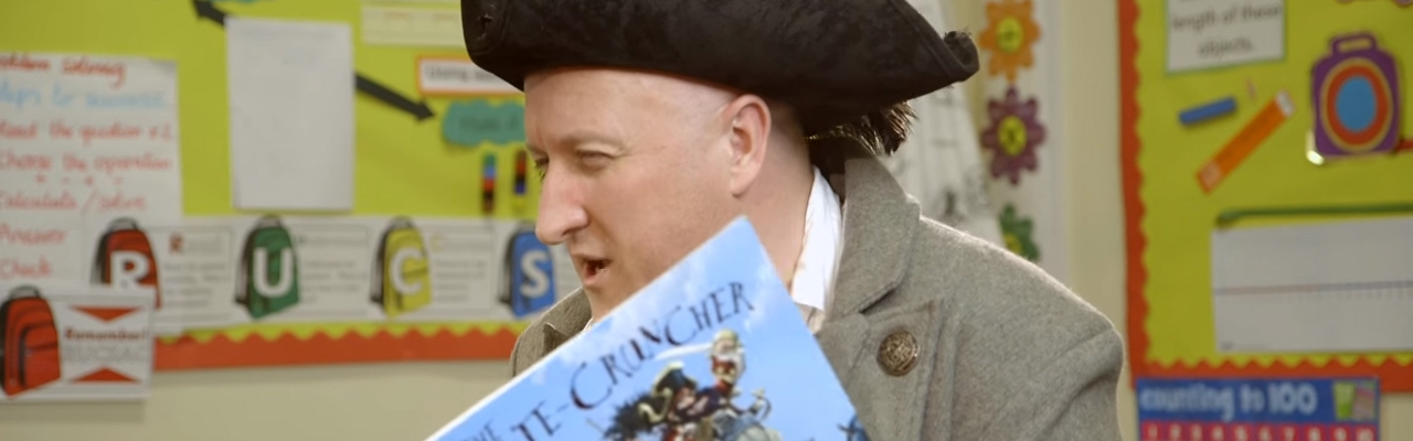 Exclusive Video! Jonny Duddle Reads from The Pirate Cruncher