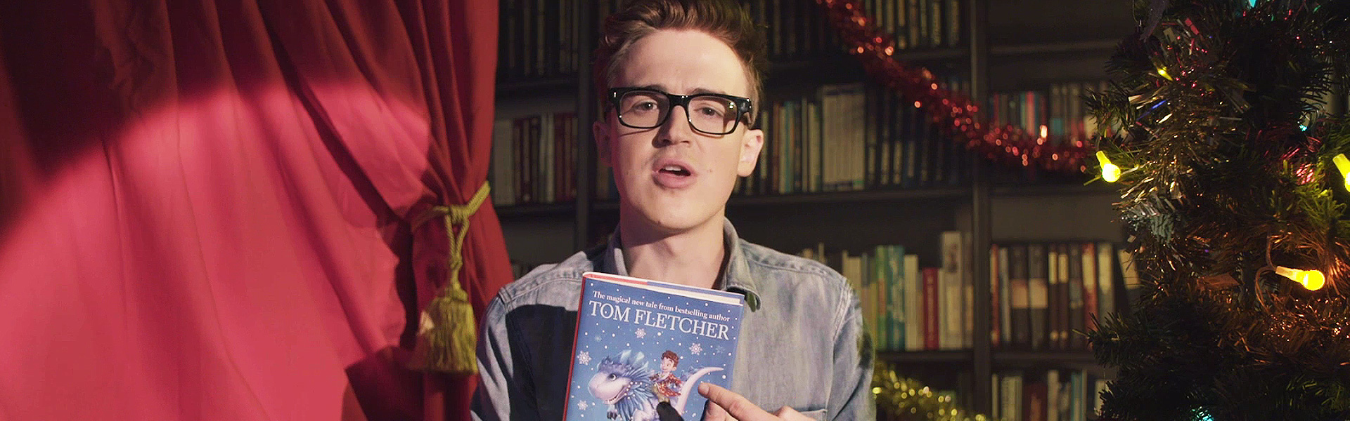 Exclusive Video! Tom Fletcher Reads an Extract from The Christmasaurus