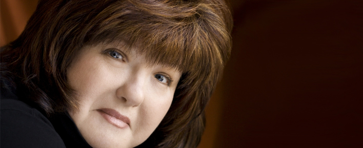 <b>Karen Rose</b> Shares Her Husband&#39;s Recipe for Cinci Chilli - postlead-books-karenrose-cinci