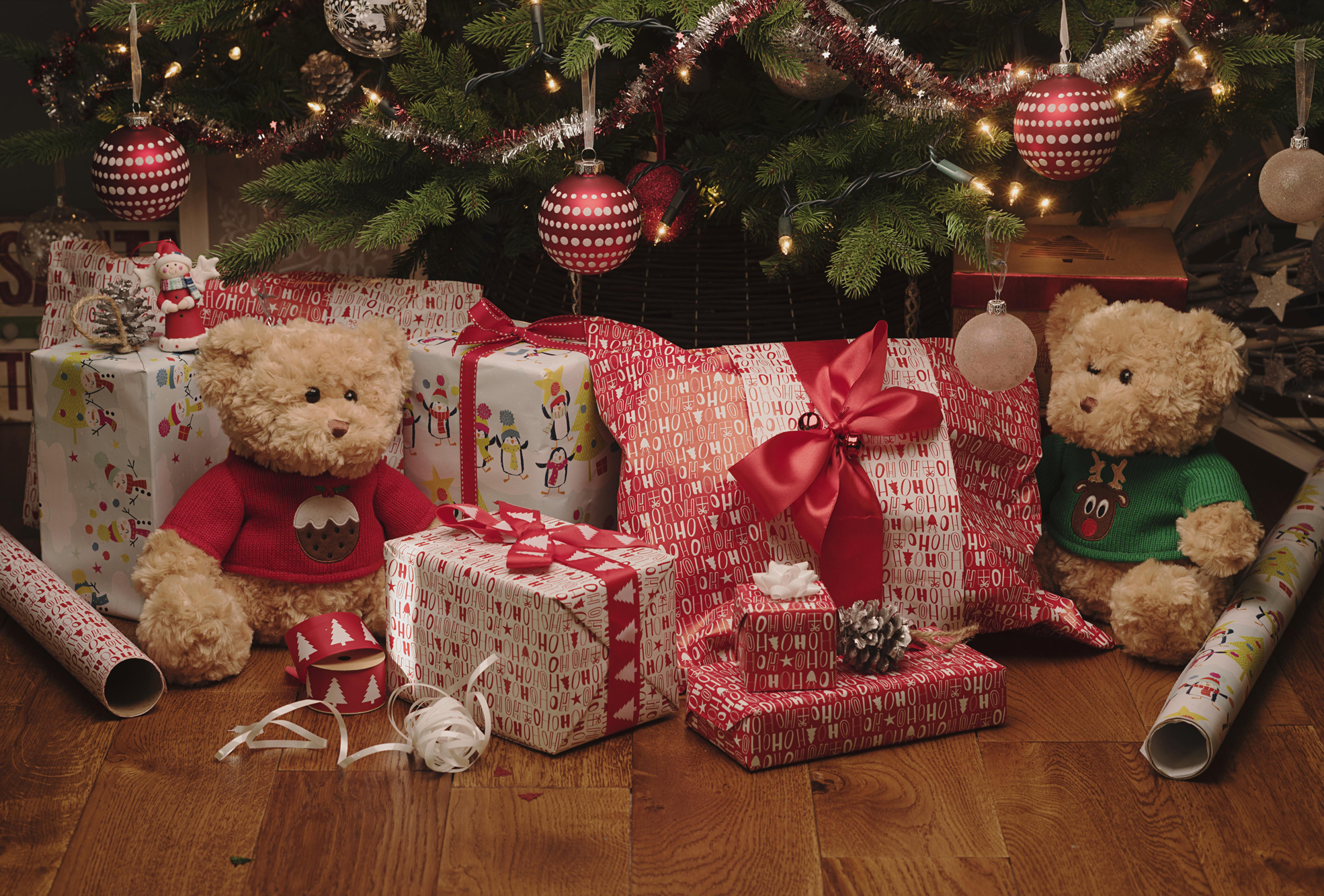 Cosy Charity Christmas Gift Wrap - WHSmith Blog