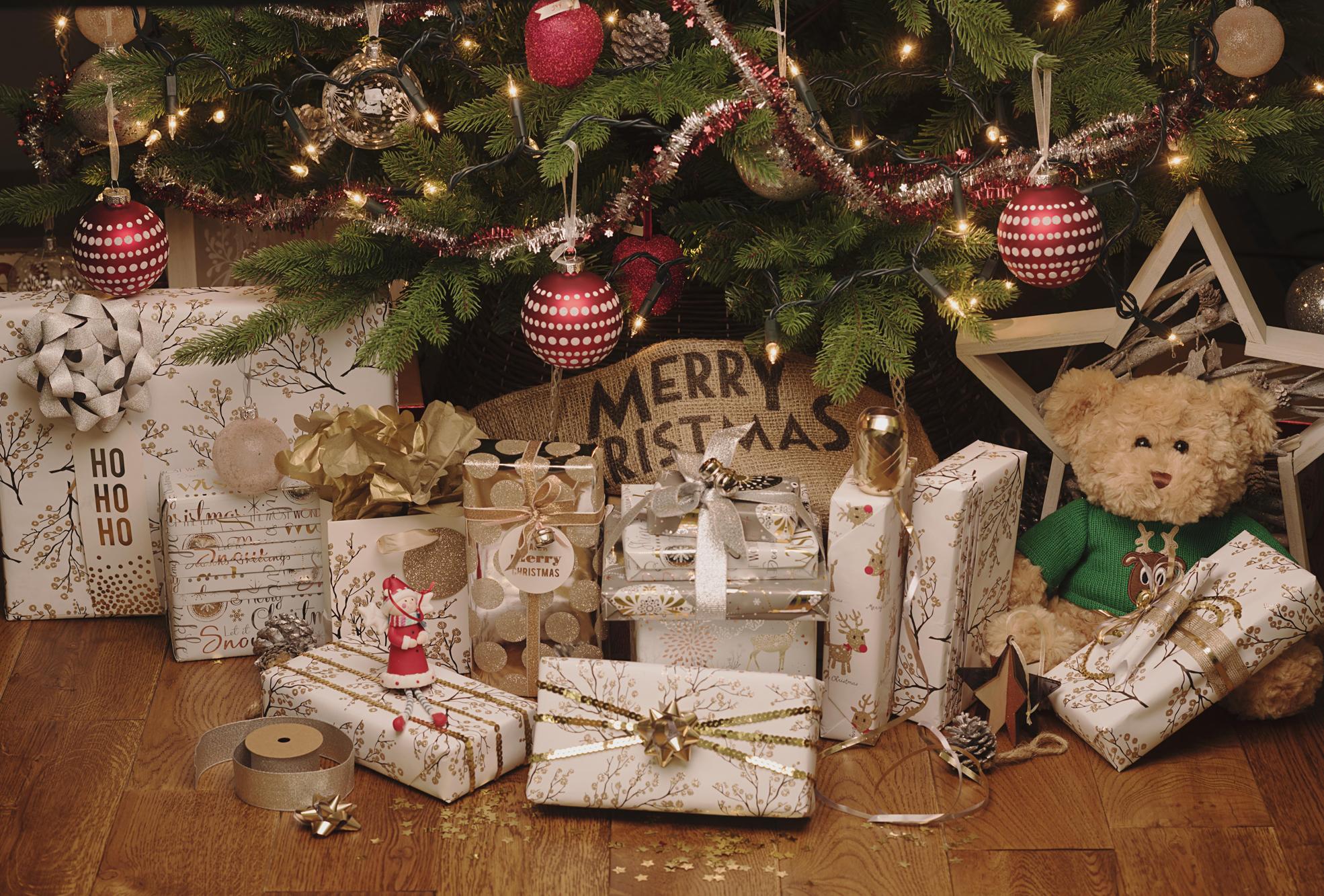 Metallics Gift Wrap